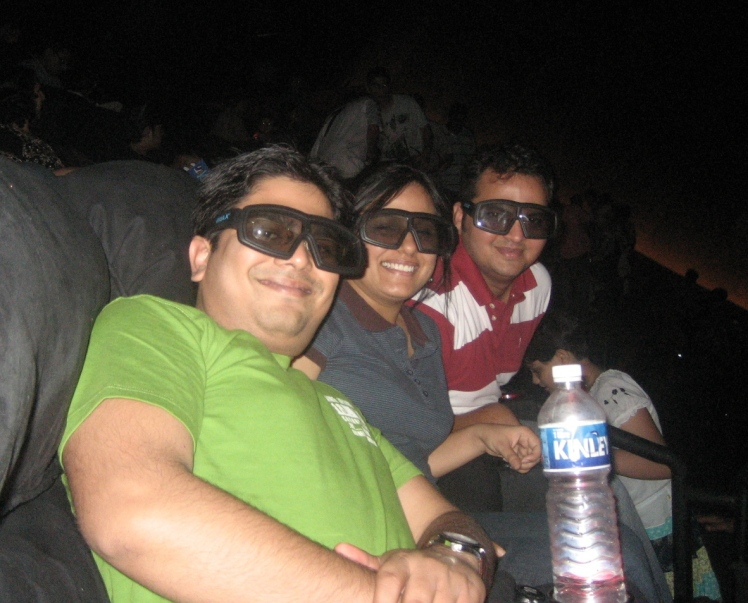 Harry Potter fans with 3-D glasses
